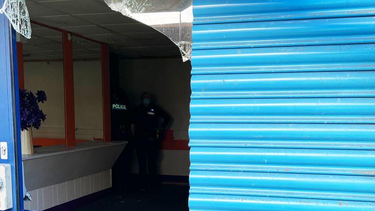 حمله در یک سالن یکنوع بازی شبیه لوتو در دونکستر انجام شد