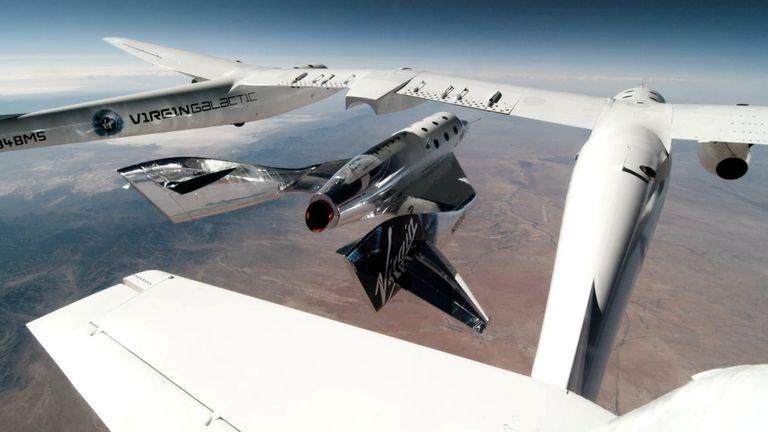 موتور موشکی VSS Unity کشتی و دو خلبان را به سمت فضا فرستاد