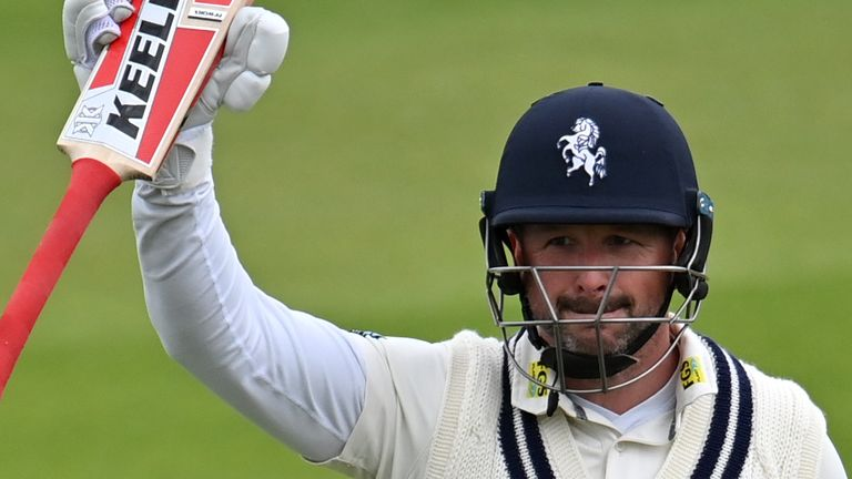Sky Sports pundits Rob Key and Nasser Hussain reflect on a remarkable 190 by Darren Stevens for Kent in their County Championship clash against Glamorgan