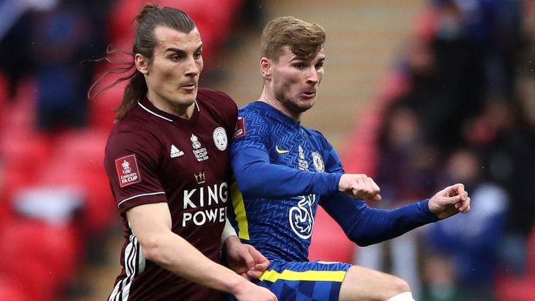 Caglar Soyuncu tangles with Timo Werner