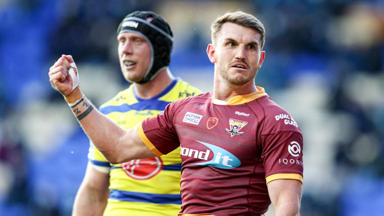 Highlights as Huddersfield held off a second-half fightback from Warrington to triumph in Super League on Monday