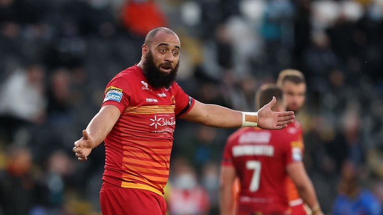 Highlights from the Betfred Super League clash between Hull FC and Catalans Dragons.