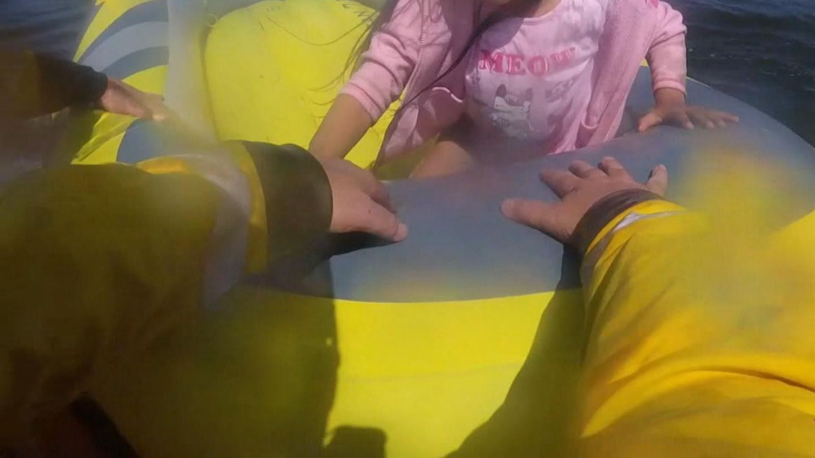Dramatic footage shows little girl rescued by RNLI after dinghy drifts out to sea off Kinmel Bay