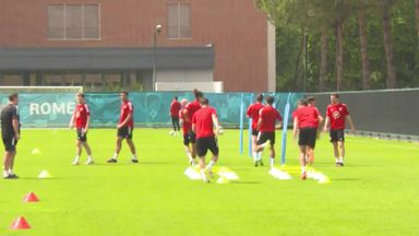 Wales continue recovery sessions ahead of last-16