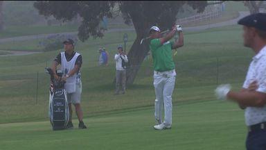 Matsuyama snaps belt during golf shot!