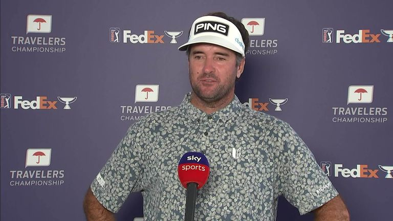 Bubba Watson explains how he helped an ailing Jason Day during the third round of the Travelers Championship, and how chasing a fourth win helps him deal with stress and anxiety issues.