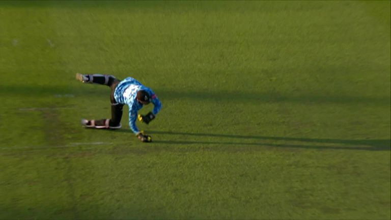 Sussex wicketkeeper Phil Salt pulled off this spectacular diving catch to dismiss Hampshire's Liam Dawson.