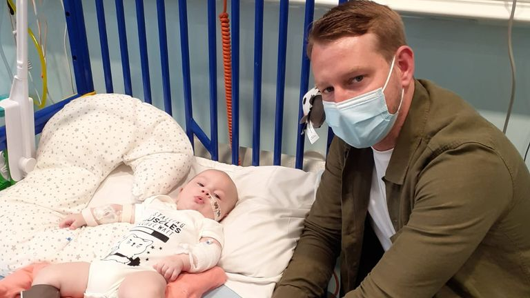 Baby Arthur with his father Rees Morgan