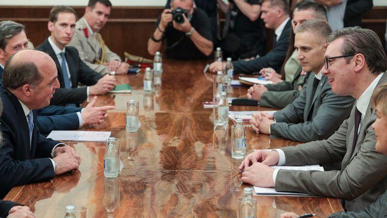 Г-н Уоллес был первым министром обороны Великобритании, посетившим Сербию с официальным визитом.  Изображение: MOD