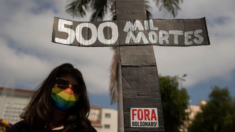 Più di mezzo milione di persone sono morte finora a causa del virus Corona in Brasile