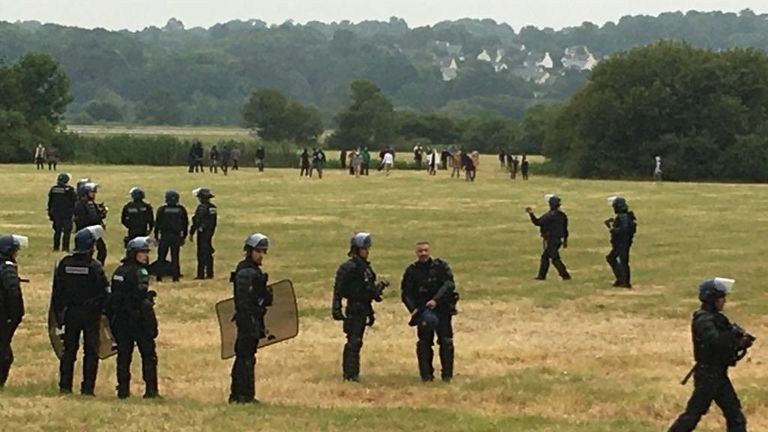 More than 400 officers turned up to try to clear the area