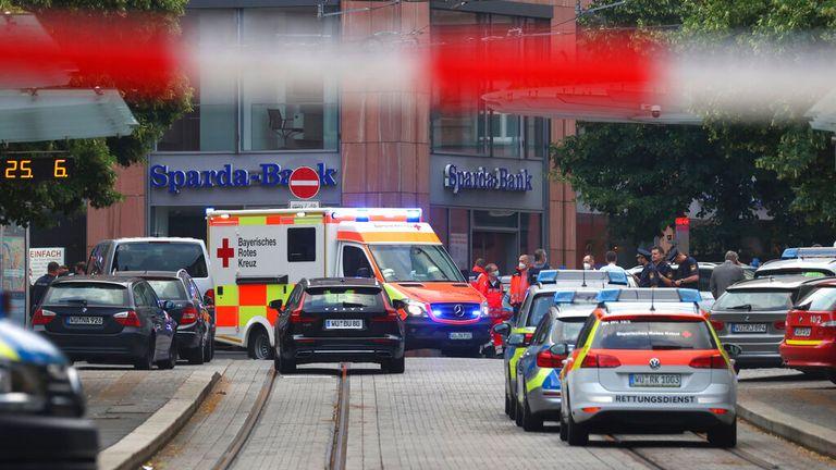 Tre mennesker ble drept og flere andre ble såret i fredagens angrep