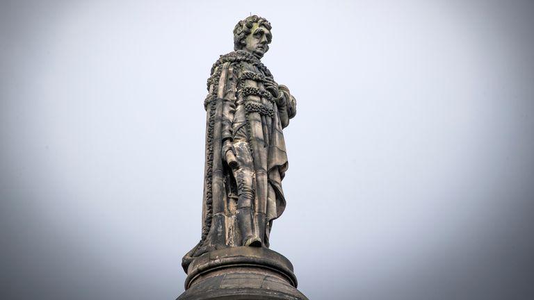 Henry Dundas statue in Edinburgh