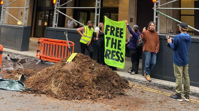 Manure dumped manure outside the offices of the Daily Mail