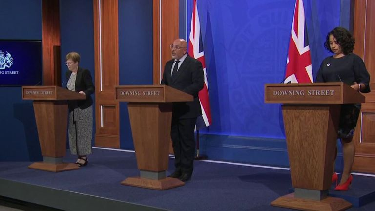 nadhim zahawi leads a downing street news conference with Nikki Kanani and Mary Ramsay