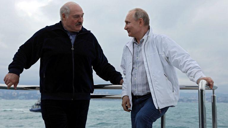 Russian President Vladimir Putin and his Belarusian counterpart Alexander Lukashenko