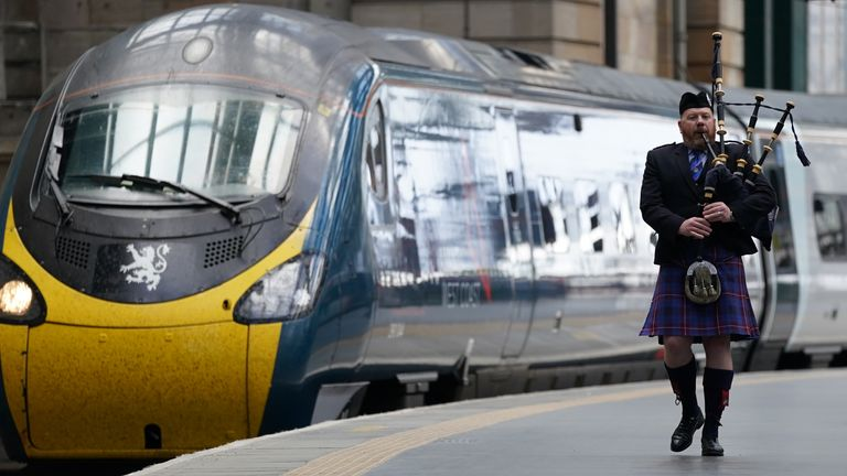 A piper was there to greet train as it arrived at Glasgow Central Station