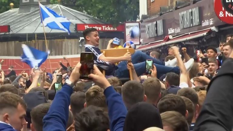 Scotland fans crowd streets in London ahead of kick off