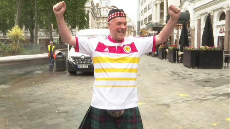 Scottish fan sings and Leicester Square clean up following Scotland England 2020 draw