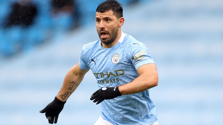 Manchester City need to replace Sergio Aguero