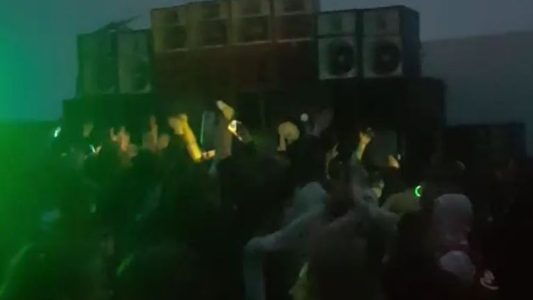Social media footage showed huge crowds in Sussex. Pic: __bugzzz