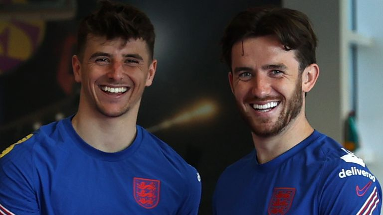 Mason Mount (left) and Ben Chilwell have gone into self-isolation (Getty)