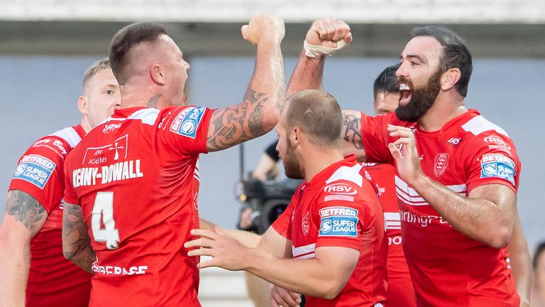 Highlights as Hull KR run in seven tries to defeat Salford in Friday's Betfred Super League match.