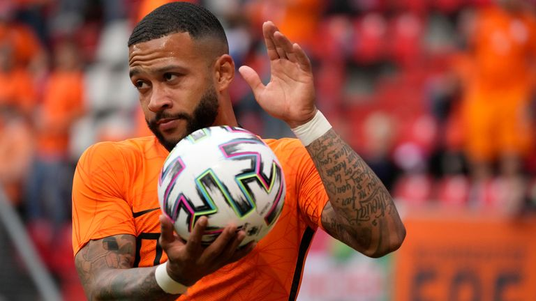 Memphis Depay in action for the Netherlands against Georgia