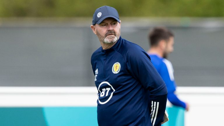 SNS - Scotland manager Steve Clarke during a training session ahead of Euro 2020