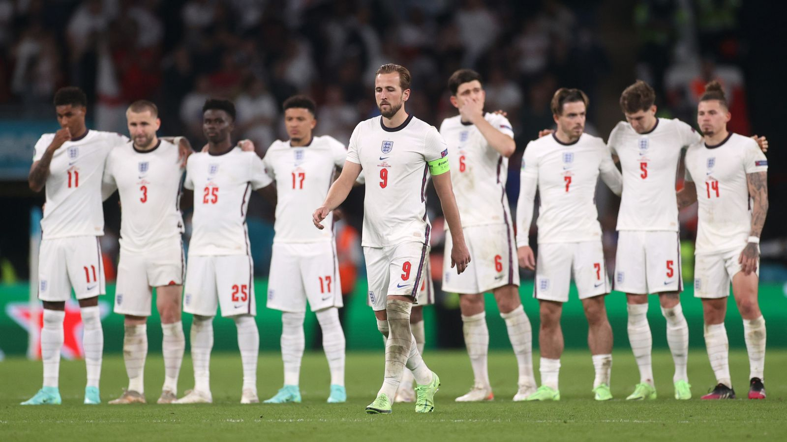 Euro 2020: 'You can all hold your heads high', Prince William tells England after 'heartbreaking' result