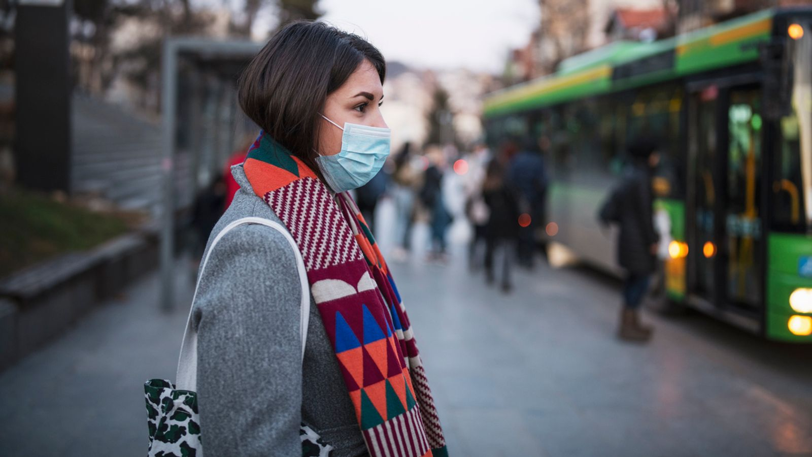 Doctor warns how air pollution can make severe COVID-19 even worse