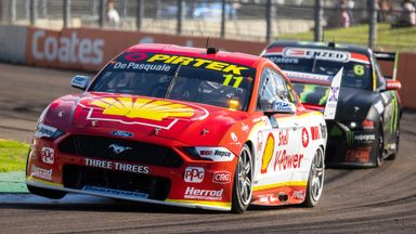 V8 Supercars: Race 17 - Townsville