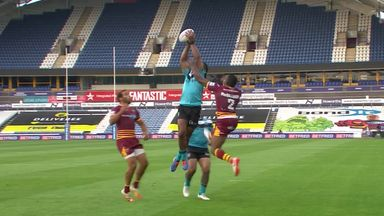 Vulikijapani leaps for first ever Super League try