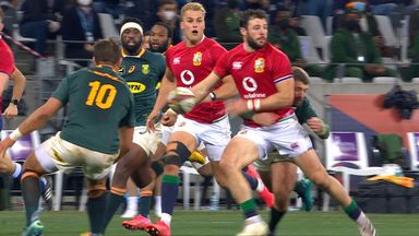 Le Roux makes huge tackle on Henshaw