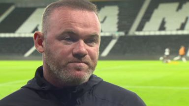 Rooney apologises for social media images