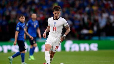 'Phillips among best midfielders in world'