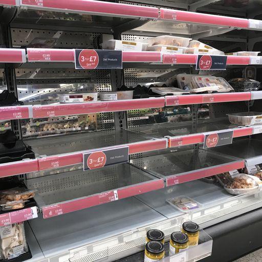 'Increasing pressure' to keep shelves stocked as 'pingdemic' threatens retail staffing