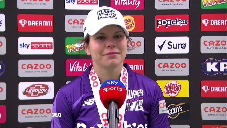 Davidson-Richards était le héros du match après avoir obtenu 42 points ainsi que deux guichets pour 17 points sur ses 20 balles