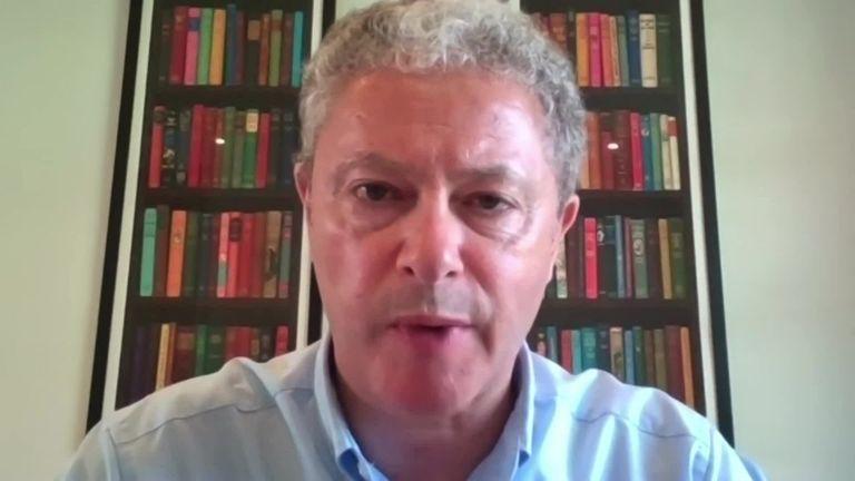 Le président de la Rugby Football League, Simon Johnson, a déclaré que la décision de l'Australie et de la Nouvelle-Zélande de se retirer de la Coupe du monde de rugby à XV est