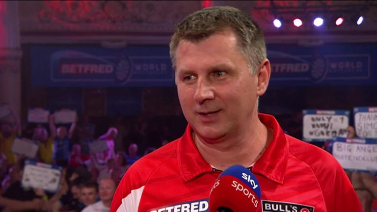 Ratajski was pleaded to make the quarter-finals after a 'tough' win over Humphries