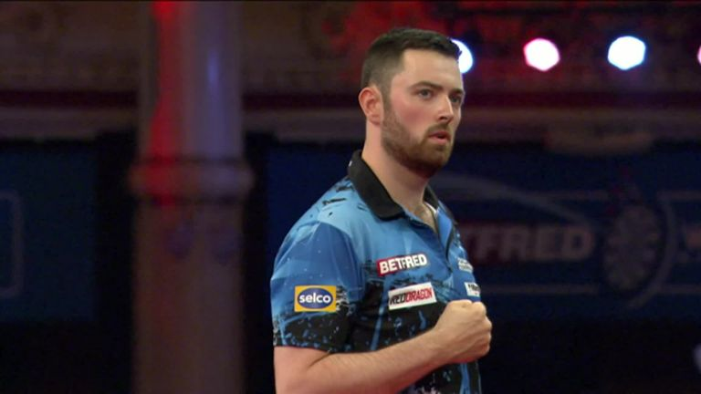The best of the action from the afternoon session of Day 2 of the World Matchplay at the Winter Gardens in Blackpool