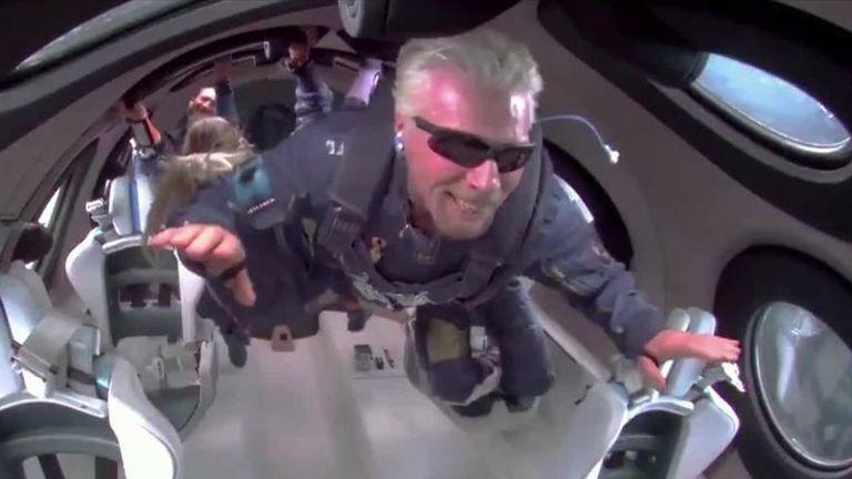 Richard Branson goes weightless