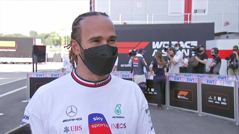 Lewis Hamilton a été surpris par le rythme de Mercedes alors que lui et Valtteri Bottas ont assuré un verrouillage au premier rang