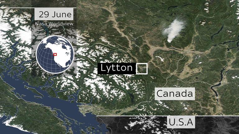 कनाडा के कुछ हिस्सों में मंगलवार तक धुएं के गुबार देखे जा सकते हैं