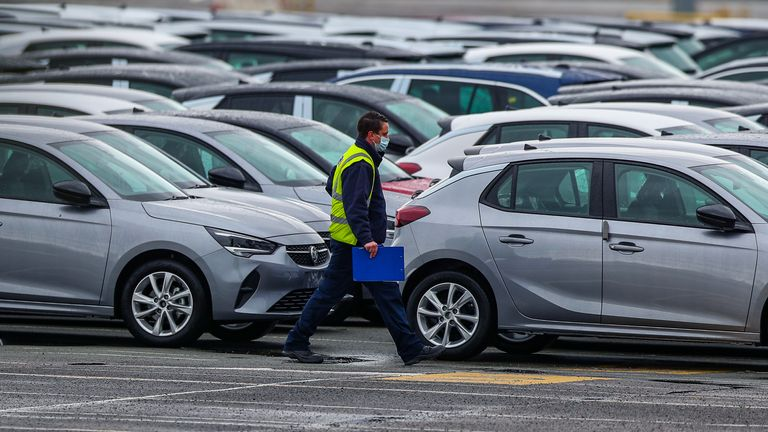 The move will bring an end to UK production of the Vauxhall Astra