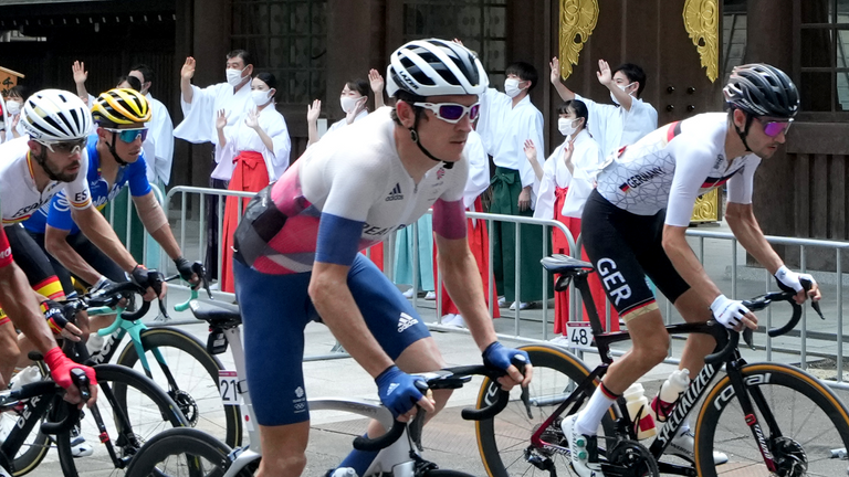 Geraint Thomas during the men's road race in Tokyo