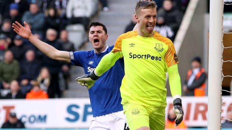 Jordan Pickford, a boyhood Sunderland fan, reacts to Newcastle fans