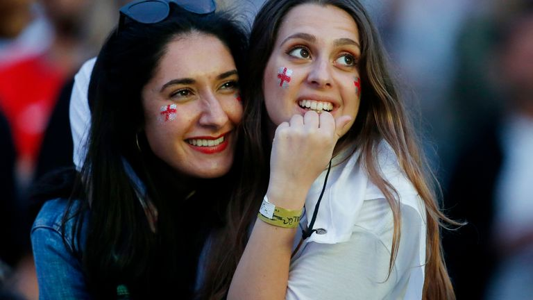 Soccer Football - Euro 2020 - Final - Fans gather for Italy v England - 4TheFans Fan Park, Manchester, Britain - July 11, 2021 England fans react while watching the match at 4TheFans Fan Park Action Images via Reuters/Ed Sykes
