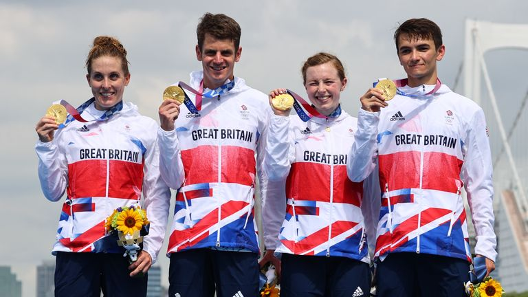 Jessica Learmonth, Jonathan Brownlee, Georgia Taylor-Brown and Alex Yee triumphed in the triathlon.