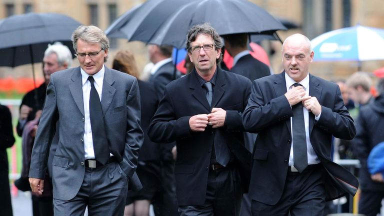 Former Ipswich players (left to right) Russell Osman, Paul Mariner and John Wark arrive for the Sir Bobby Robson Thanksgiving Service at Durham Cathedral, Durham.